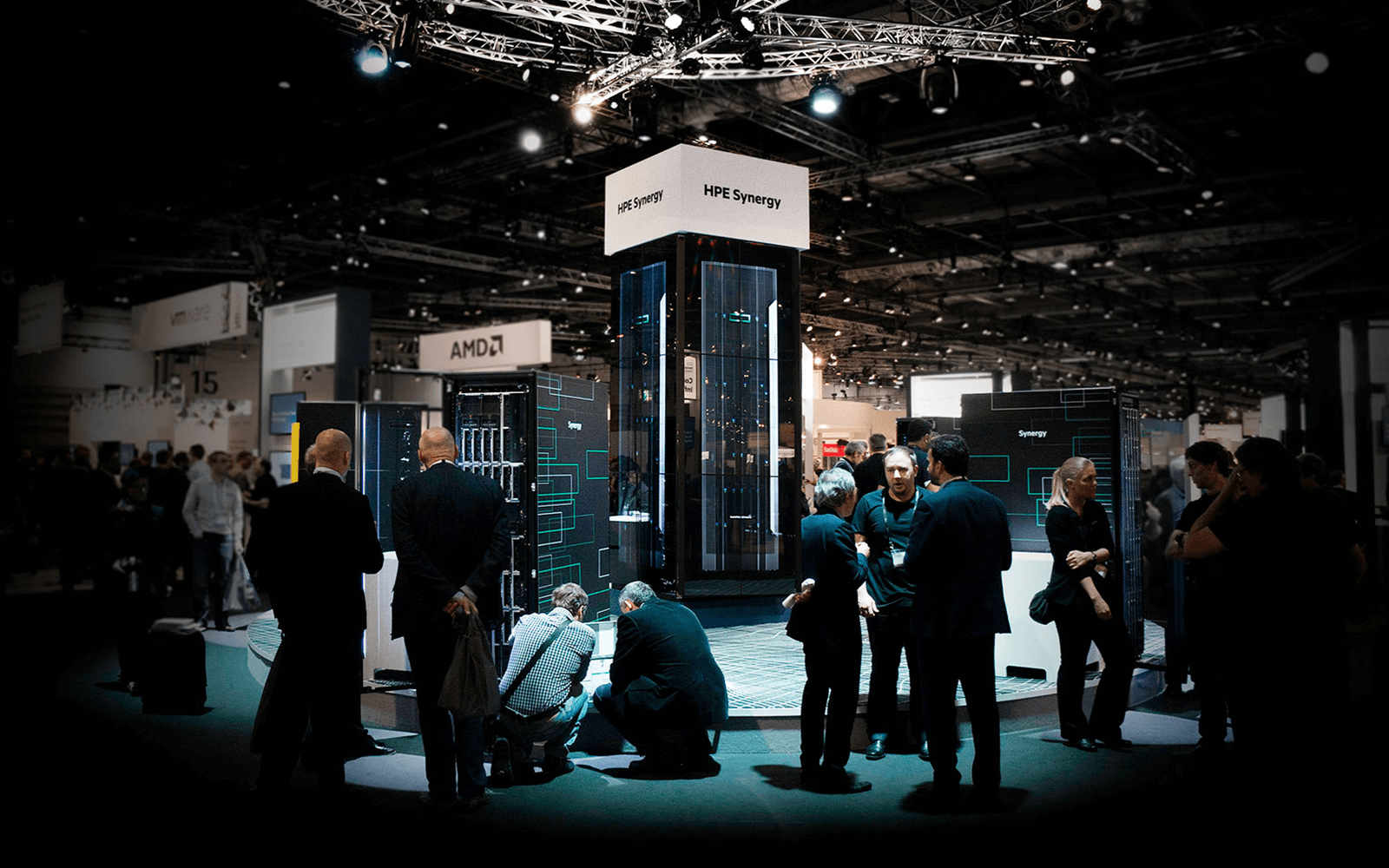 Professionals at HPE Discover networking